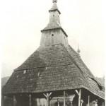 Dobová fotografia dreveného chrámu v Topoli